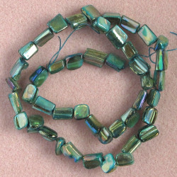 SHL2534 - Shell Strand, Pearlescent Green.