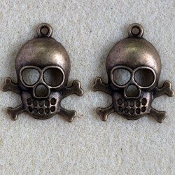 F9009br - Large Skull and Crossbones Pendant, Antique Brass Coloured, Pack of 2.