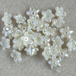 PB2603 - Small Pearly Flowers. Ivory White.
