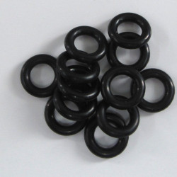 PB2520 - Black 10mm soft plastic rings. Pack of 20
