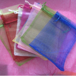 Pack of 10 organza bags.