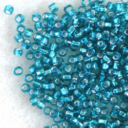 MTSL005 - Matsuno Silver Lined, Turquoise, Size 11 Seed Beads.